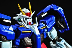 Metal Build 00 Gundam 7 Sword and MB 0 Raiser Review Unboxing (40)