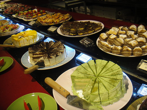 dessert station at Dragon Legend