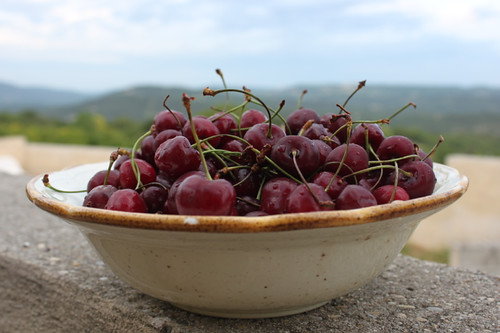 IMG_5915-bowl-of-cherries
