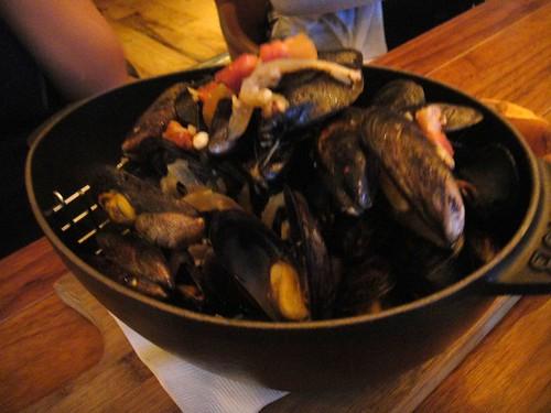 BLT Mussels