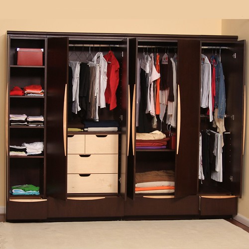 Decoraci n y dise o de closets de madera blogicasa for Diseno zapateras para closet