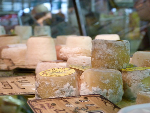 Goat Cheese - Marché des Batignolles