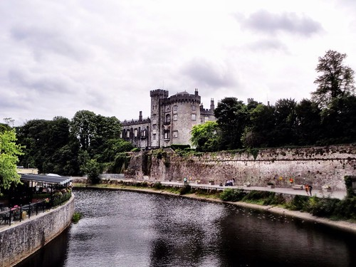 Kilkenny Castle by SpatzMe