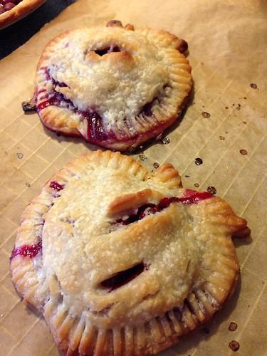 Vegan & gluten free tart cherry pie