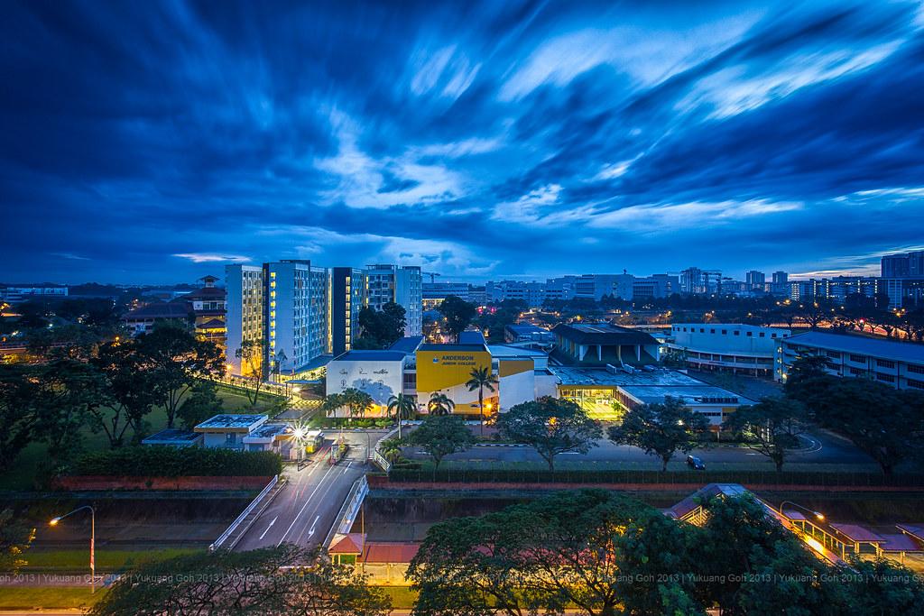 Blue hour in the neighbourhood