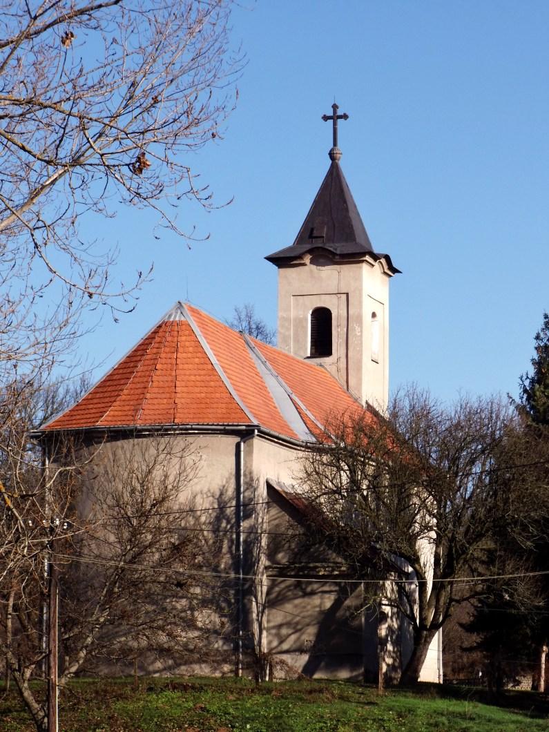 Trebušovský kostol zozadu