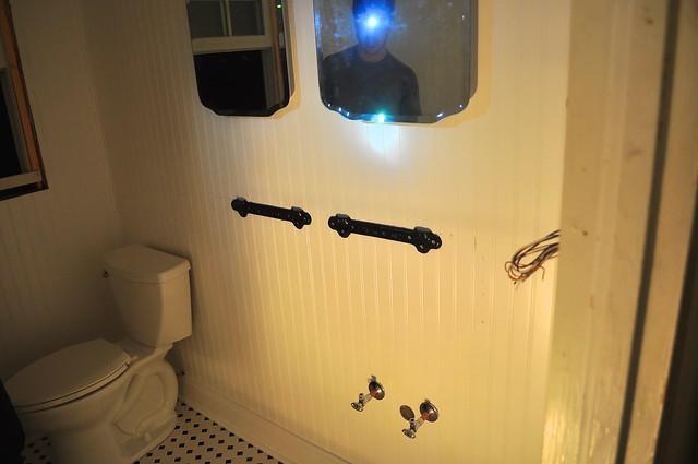 2012-02-29 Bathroom fixtures 03