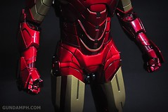 Hot Toys Iron Man 2 - Suit-Up Gantry with Mk IV Review MMS160 Unboxing - day1 (35)