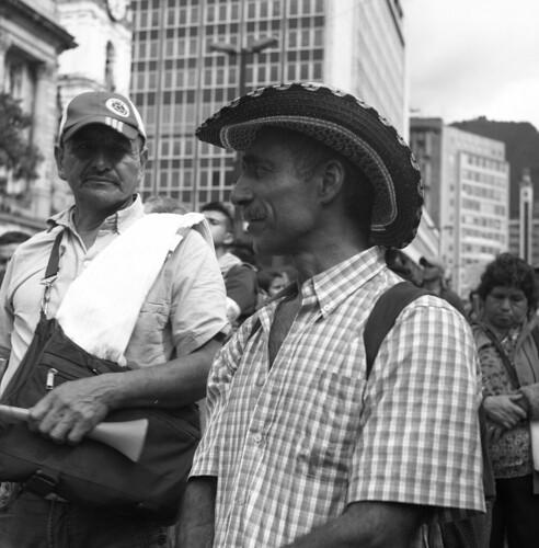 Protestas campesinas en Colombia by Felipe Cárdenas-Támara