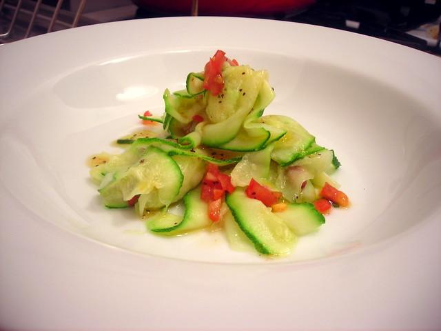 """Zucchini """"pasta"""", uncooked tomato sauce"""