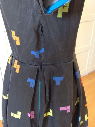 Tetris dress side zip