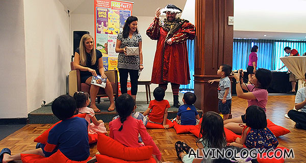 Kids meet King Henry