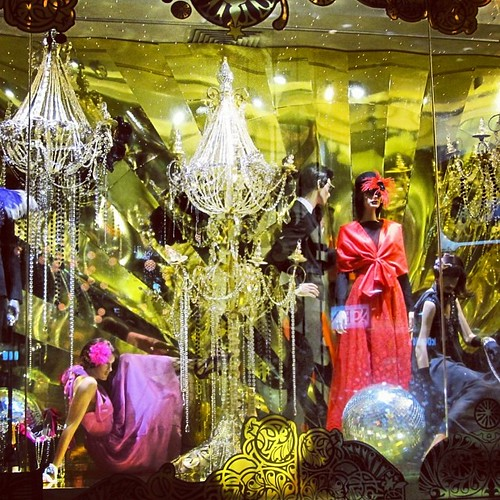 #singapore #christmas by @MySoDotCom