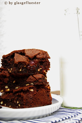 Cranberry Mandel Brownies by Glasgefluester 2