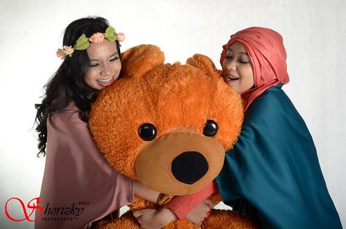 Hug Teddy by shorizky!