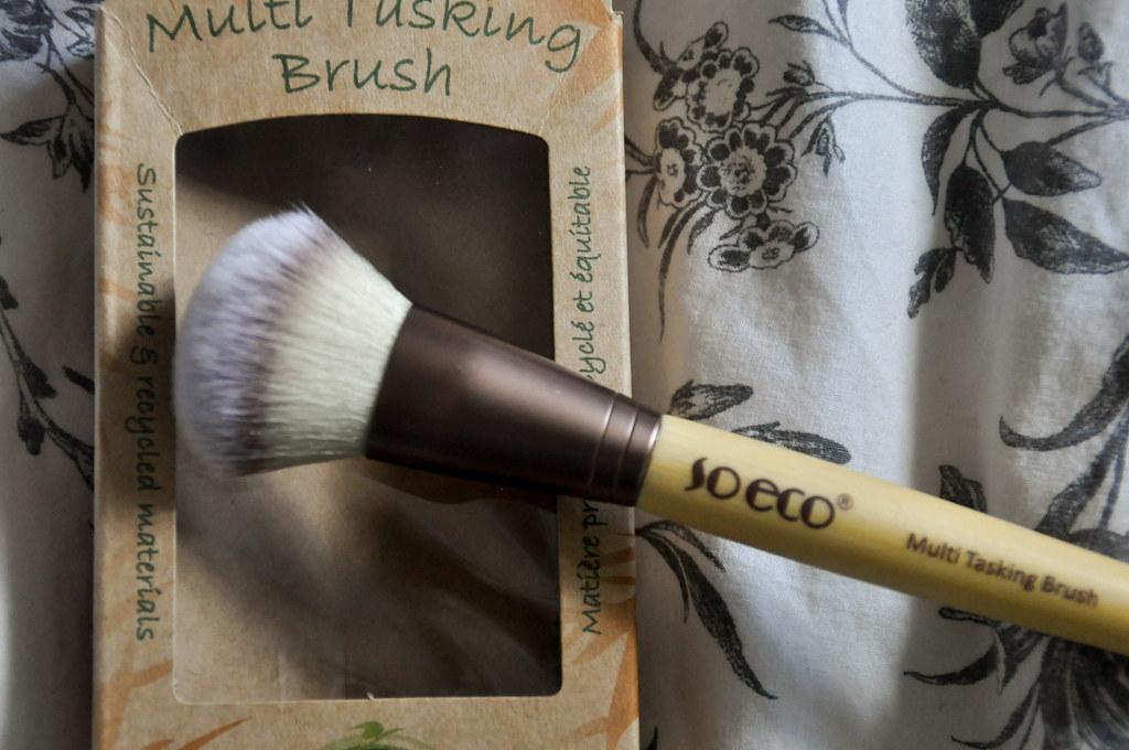So Eco Multi Tasking Brush Review