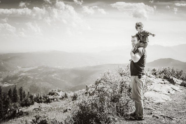 30/52/Portrait - On the top of the world