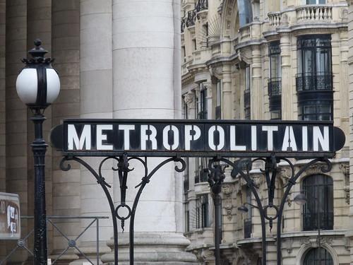 Vintage Metropolitain