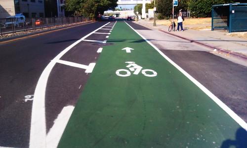 Green bike lane Hedding Street San Jose