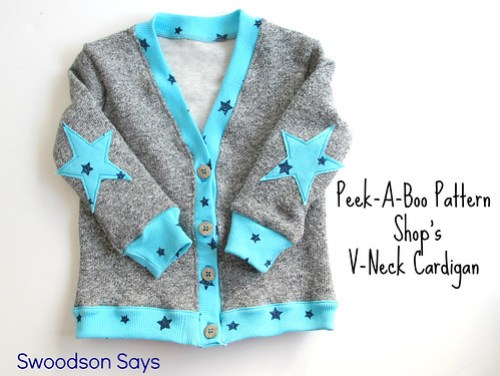 Peek-A-Boo Pattern Shop's V-Neck Cardigan sewed by Swoodson Says