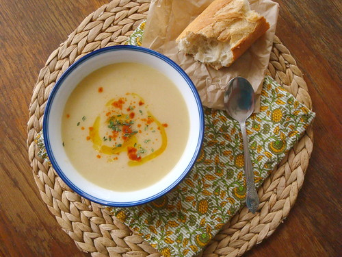 turnip soup + TASTY BREAD