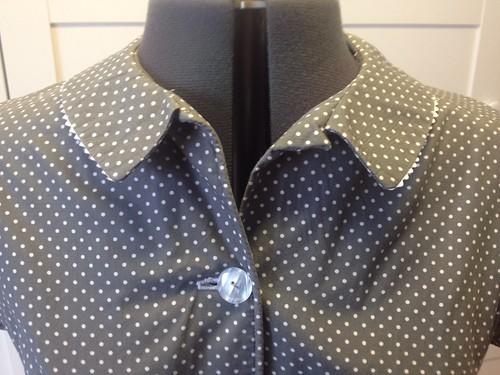 gray Simplicity 5232 collar