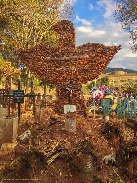 Cemetery in the center of Tzintzuntzan