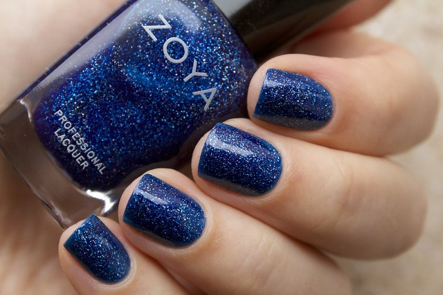 02 Zoya Dream