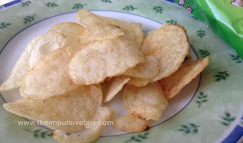 Lay's Cheese Lobster Potato Chips (China) Closeup