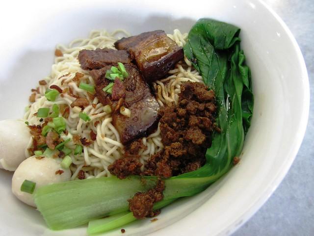 KM with stewed pork
