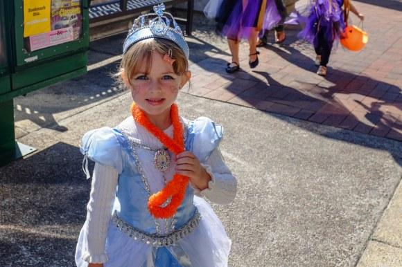 Menlo Park Halloween Parade - 2013