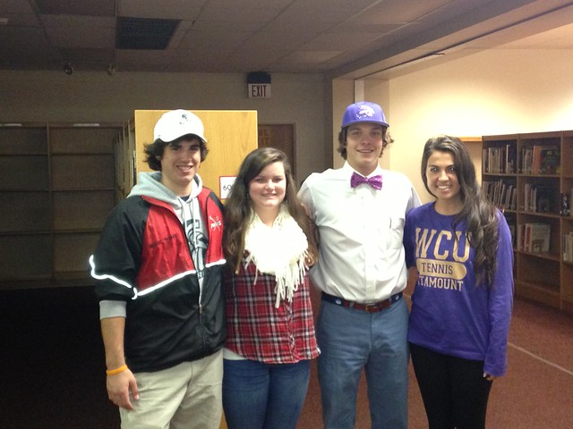 2013-11-14 Page Signees