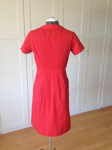 red poplin Simplicity 6894 back