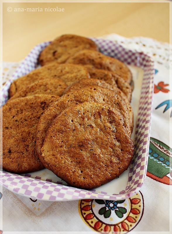 Amaranth banana cookies