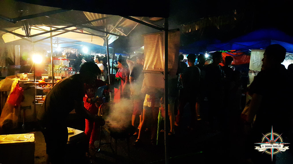 Wild hogs, Pork Burger stalls, KDCA, Kaamatan, Kota Kinabalu, Sabah, Chloe Tiffany Lee (1)