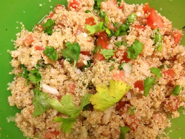 Quinoa Salad_AzúcarandSpice