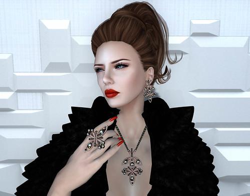 Donna Flora & Vanity Hair