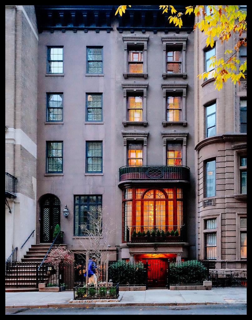 Brownstone on E 65th Street - New York - 2013
