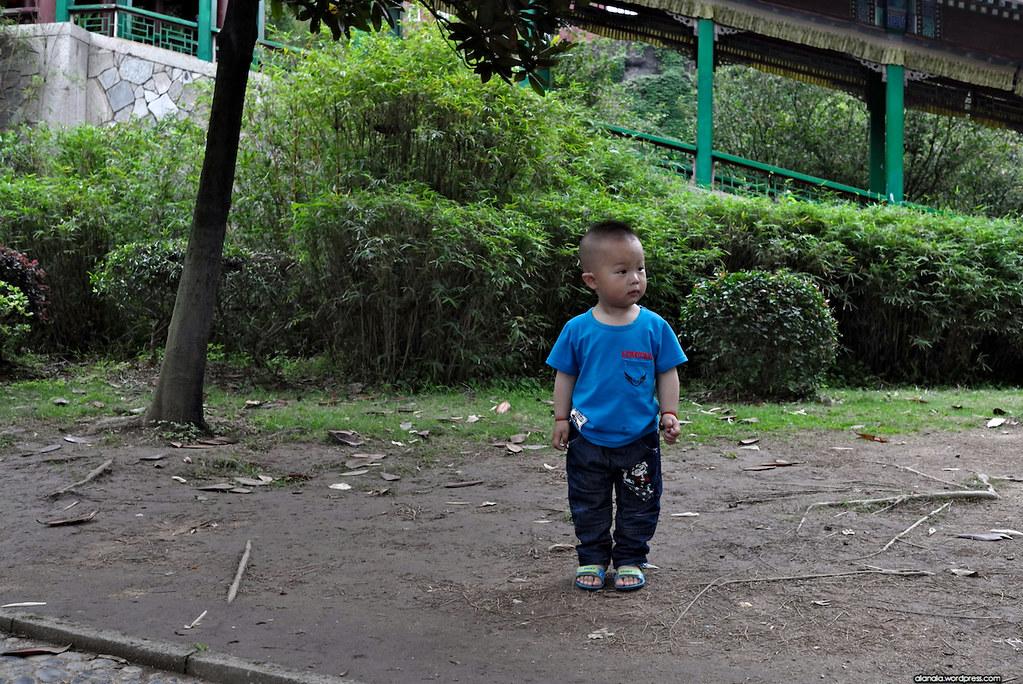 Standing kid