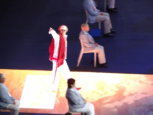 Sun Yang enters the Palau Sant Jordi BCN2013 arena