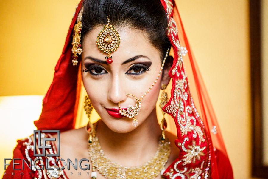 Bengali bride prepares for her wedding night