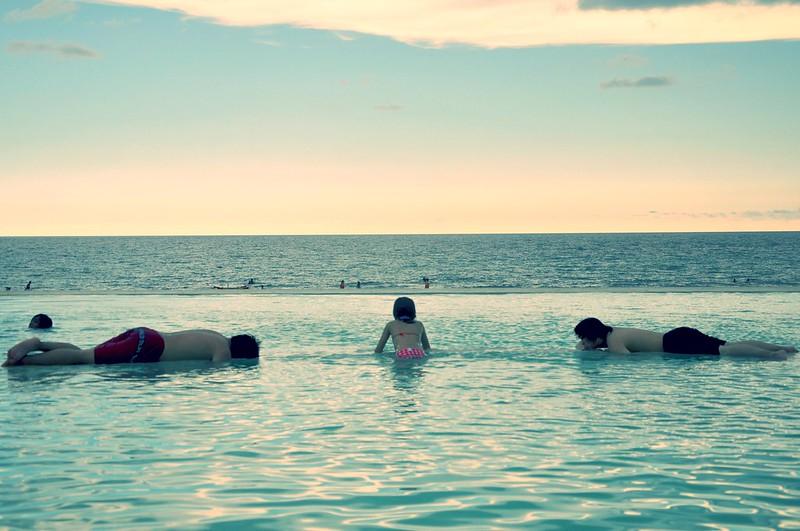 Sea, Sky and Pool