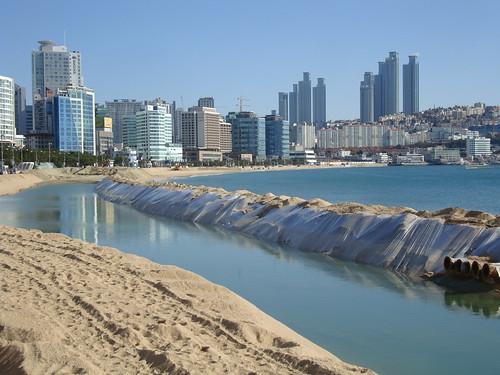 """Haeundae Beach """"Restauration"""" Project by Jens-Olaf"""