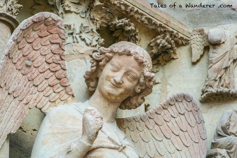 REIMS - Place du Cardinal Luçon - Cathédrale Notre-Dame de Reims - L'Ange au Sourire