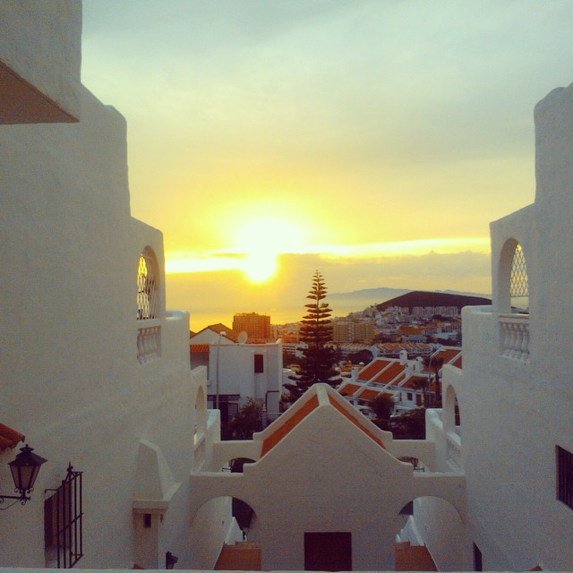 The sunset in Tenerife is again one week closer! #igtravelthursday #igtt #tenerife #tenerifesur #sunset #view
