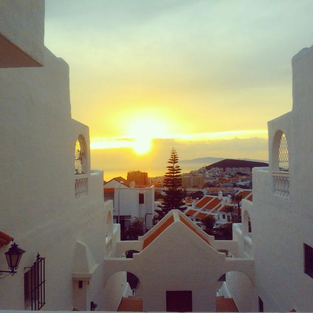 The sunset in Tenerife is again one week closer! #igtravelthursday #igtt #tenerife #tenerifesur #sunset #view