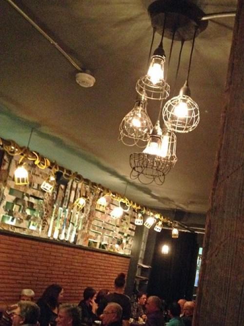 restaurant-la-planque-vieux-limoilou-quebec-deco