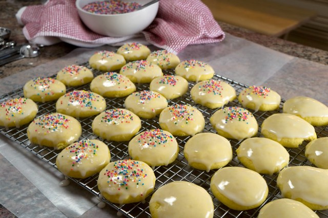 decorated anise cookies