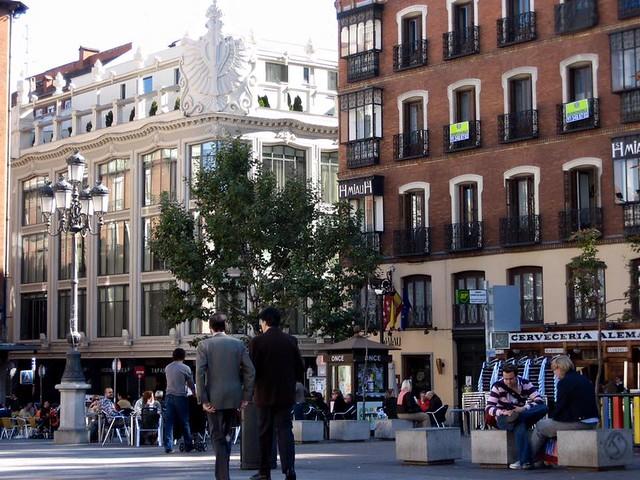 Plaza Manta Ana, Madrid