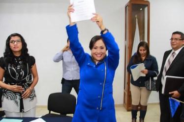 Sonia Mendoza se registra como precandidata a la gubernatura